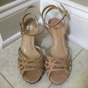 NIB J RENEE nude/pink Clear glitter wedge heel 7 M